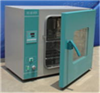 202系列電熱恒溫干燥箱