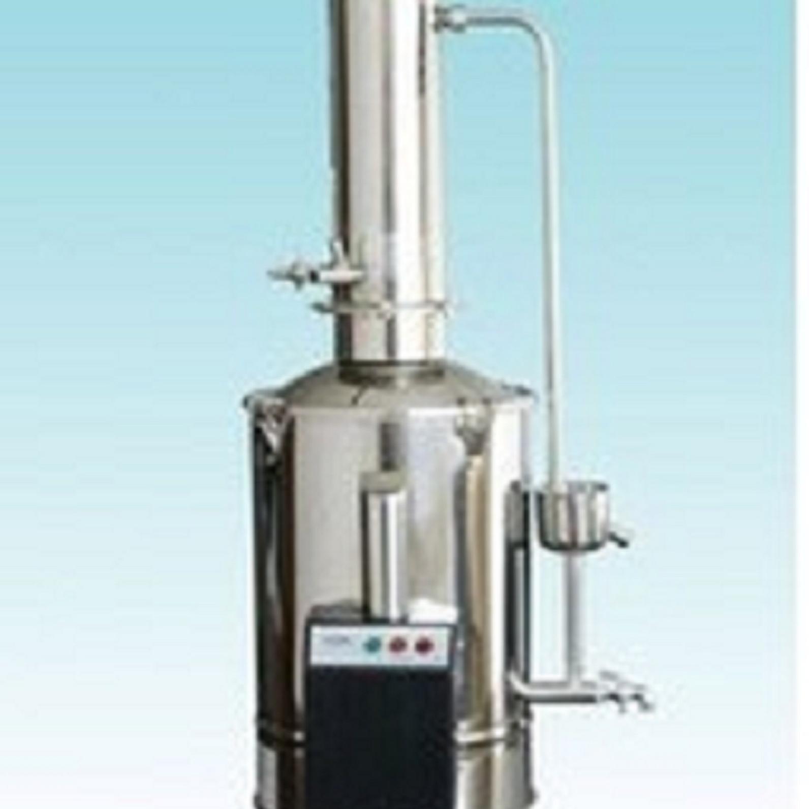 新型不锈钢电热蒸馏水器
