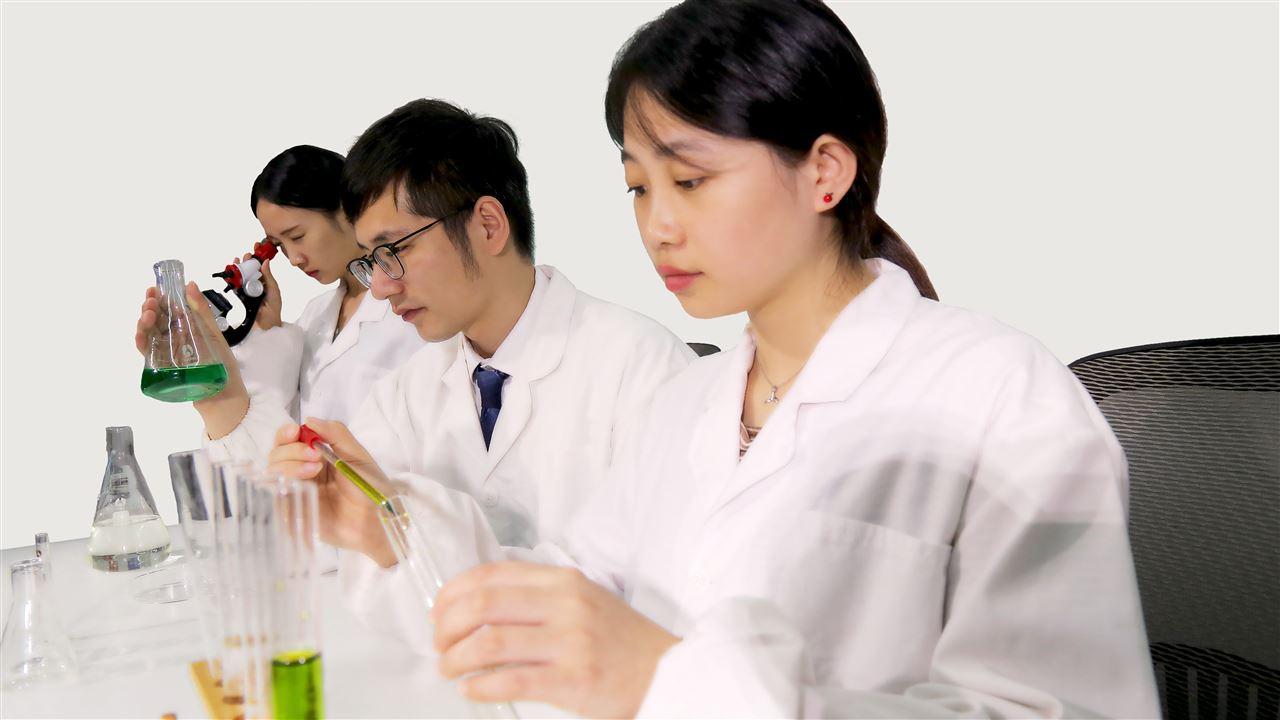 白色污染形势不容乐观 新型薄膜材料有望解决塑料降解难题