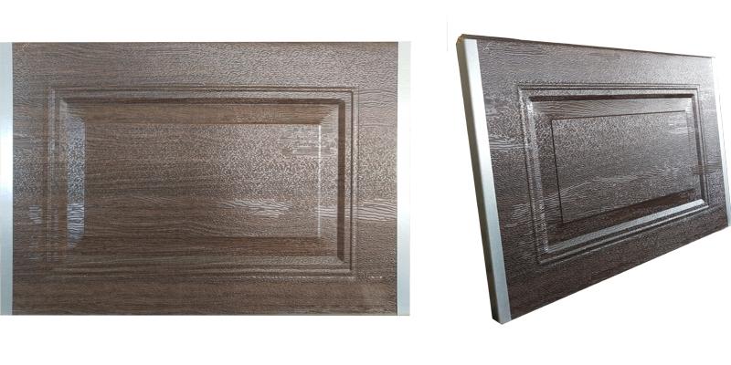 铝合金仿木排挂门面板材质