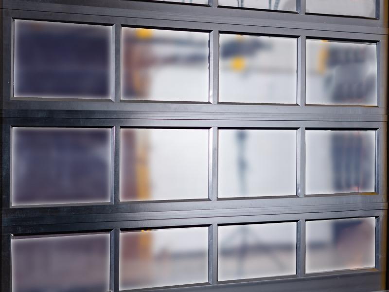 铝合金透视排挂车库门视窗材质